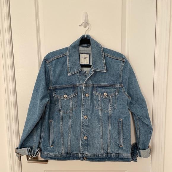 NWOT Abercrombie & Fitch Oversized Denim Jacket